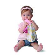 Jouet-dentition-doudou-Malarkey-Kids-Ananas-avec-bébé